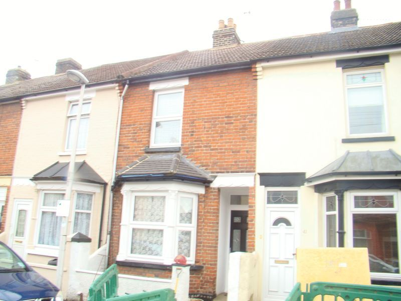 3 bed house to rent in Eva Road 10