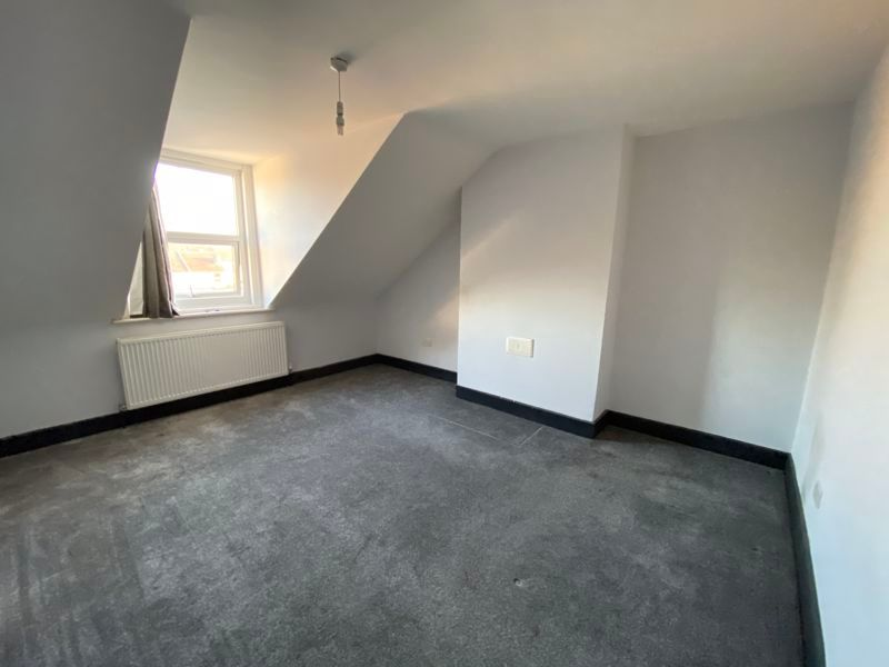 3 bed flat to rent in James Street  - Property Image 12