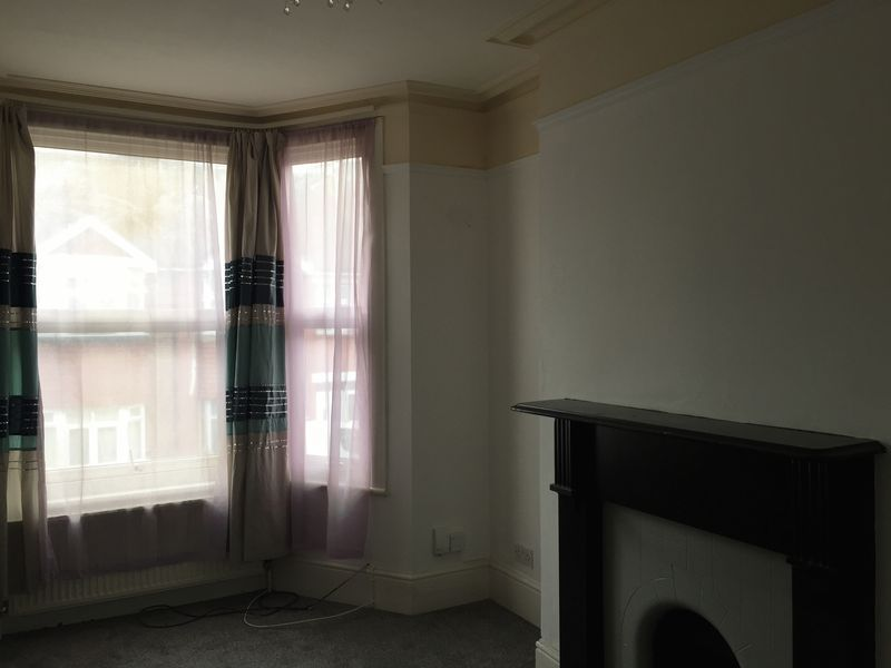 4 bed house to rent in Rochester Street  - Property Image 10