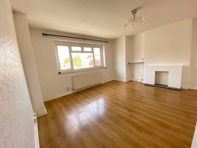 3 bed flat to rent in Goudhurst Road 1