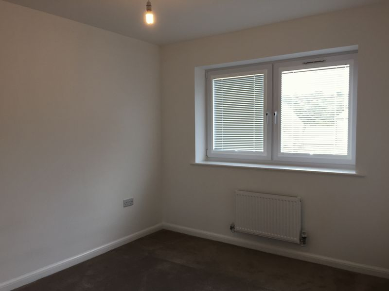 3 bed house to rent in Castleridge Drive  - Property Image 5