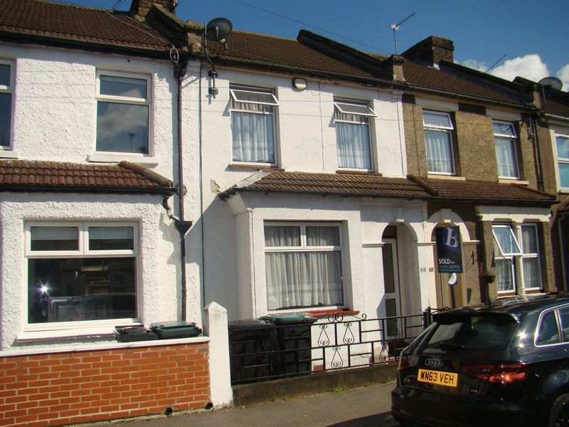 3 bed house to rent in Gordon Road