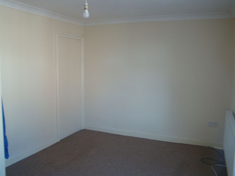 2 bed house to rent in Fox Street 9