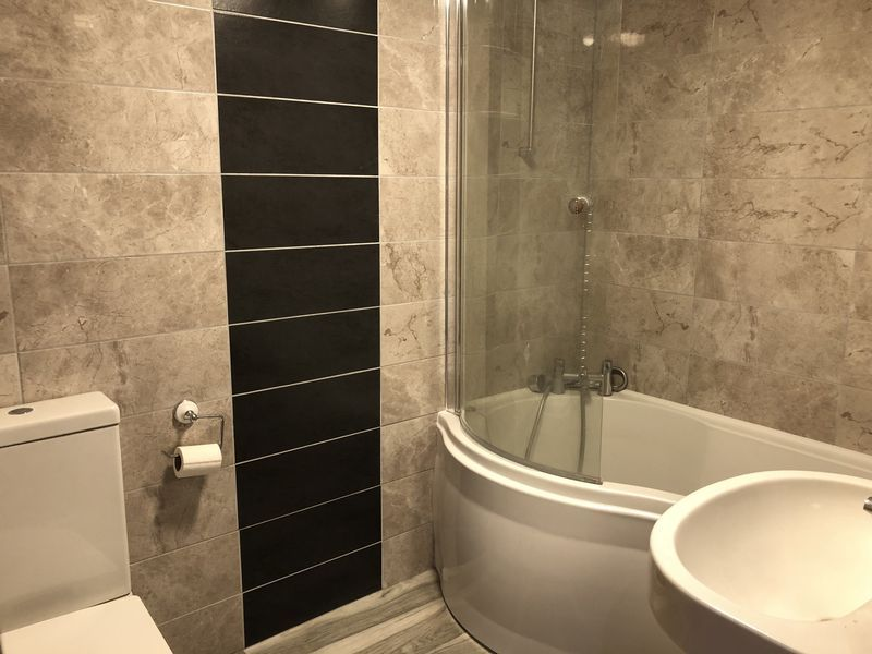 1 bed flat to rent in Fox Street  - Property Image 5
