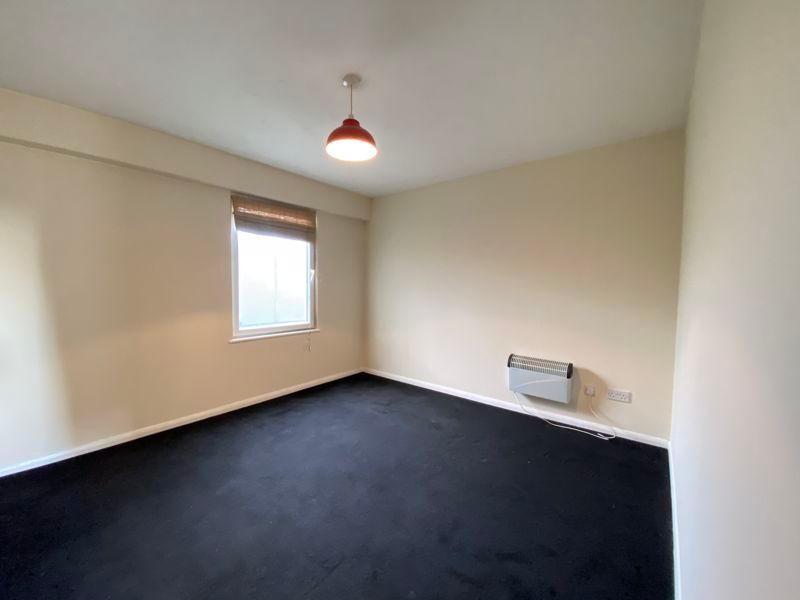 1 bed  to rent in Radnor Bridge Road 5