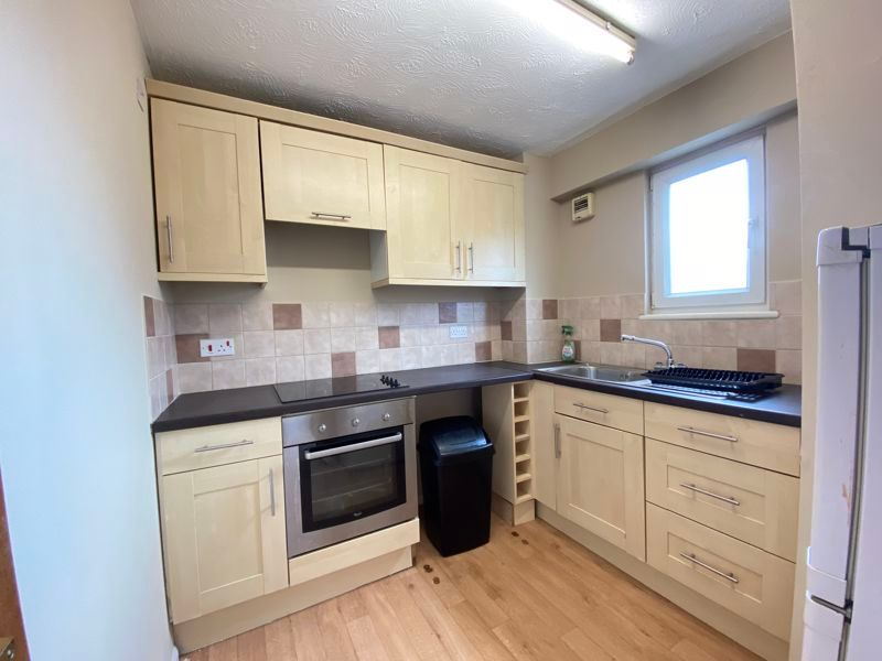 1 bed  to rent in Radnor Bridge Road 6