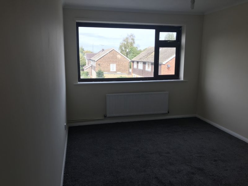 3 bed  to rent in Burntwick Drive 7