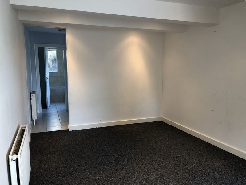 2 bed house to rent in Fox Street 4
