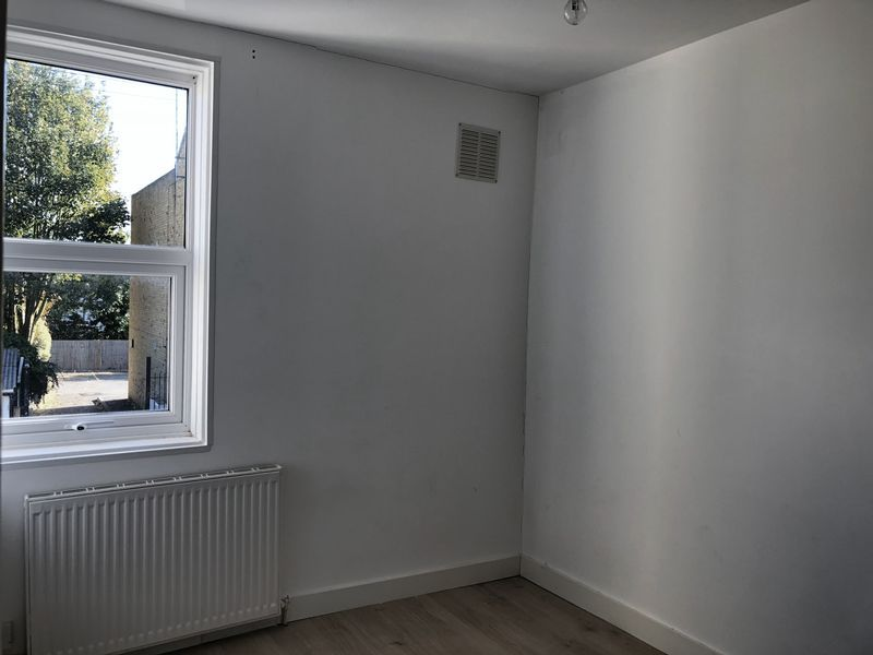 2 bed house to rent in Fox Street 7