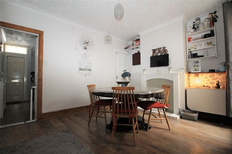 3 bed house to rent in Brisbane Road  - Property Image 2