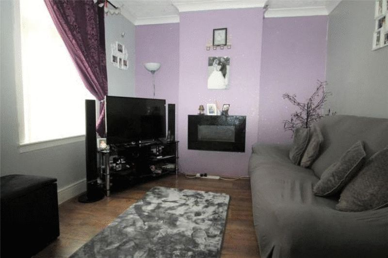 3 bed house to rent in Brisbane Road 3