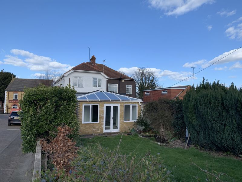 3 bed house to rent in Danes Hill  - Property Image 13
