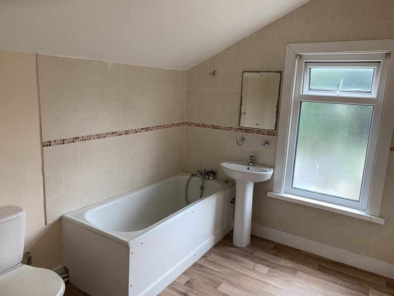 2 bed house to rent in Barnsole Road  - Property Image 3