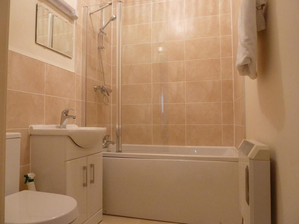 1 bed apartment for sale in Wordsley 6