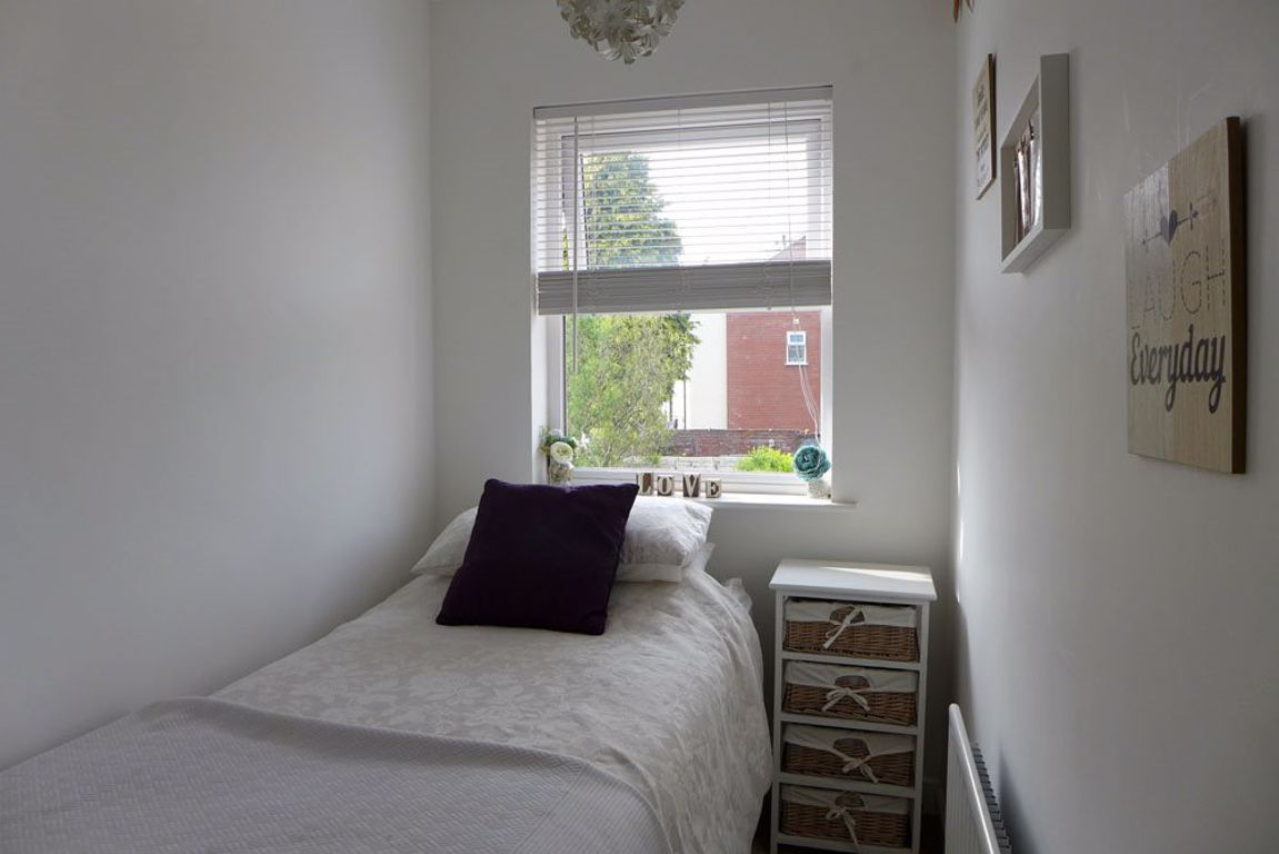 2 bed  to rent  - Property Image 16