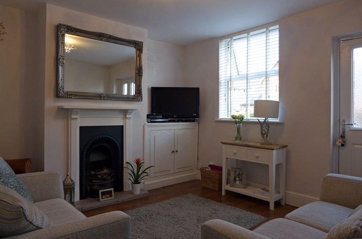 2 bed  to rent  - Property Image 7