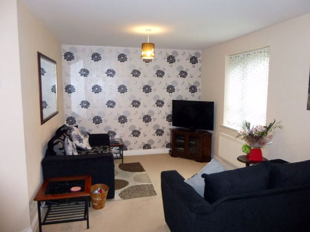 2 bed  to rent in Cradley 6