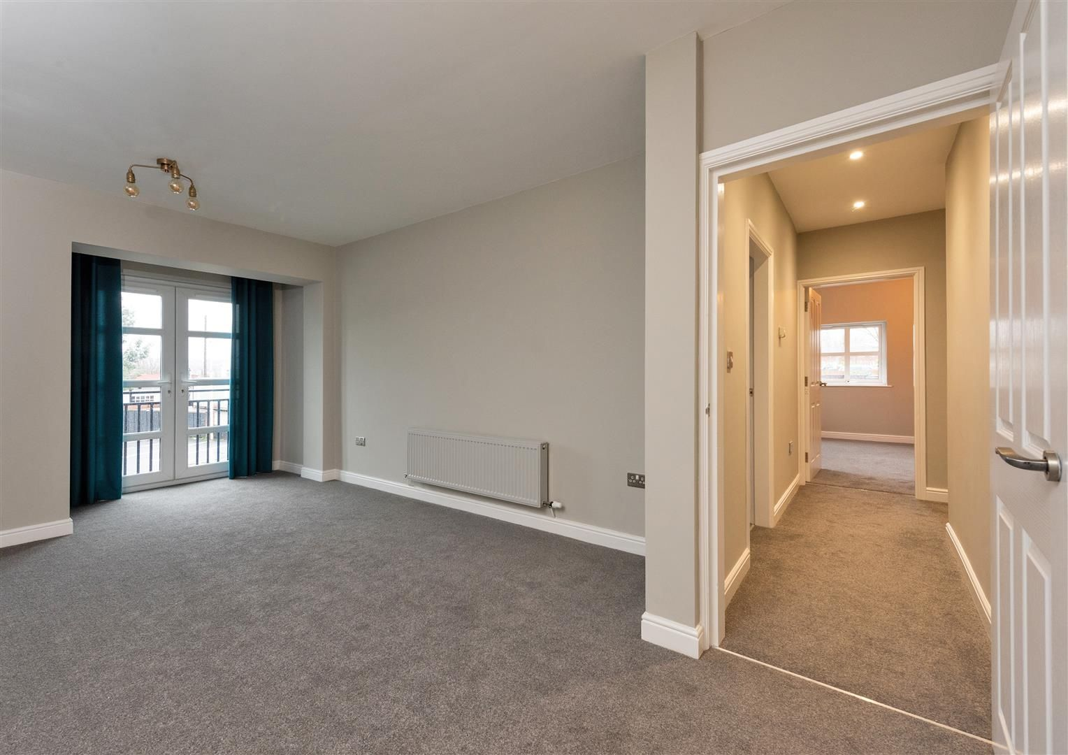 2 bed apartment for sale  - Property Image 7