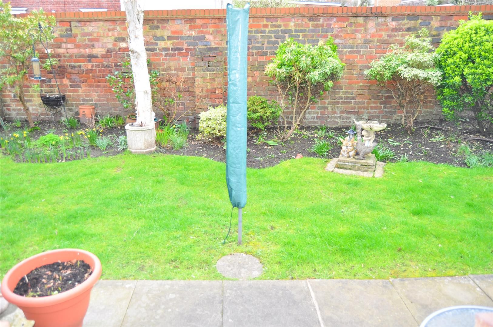 2 bed terraced-bungalow for sale 8
