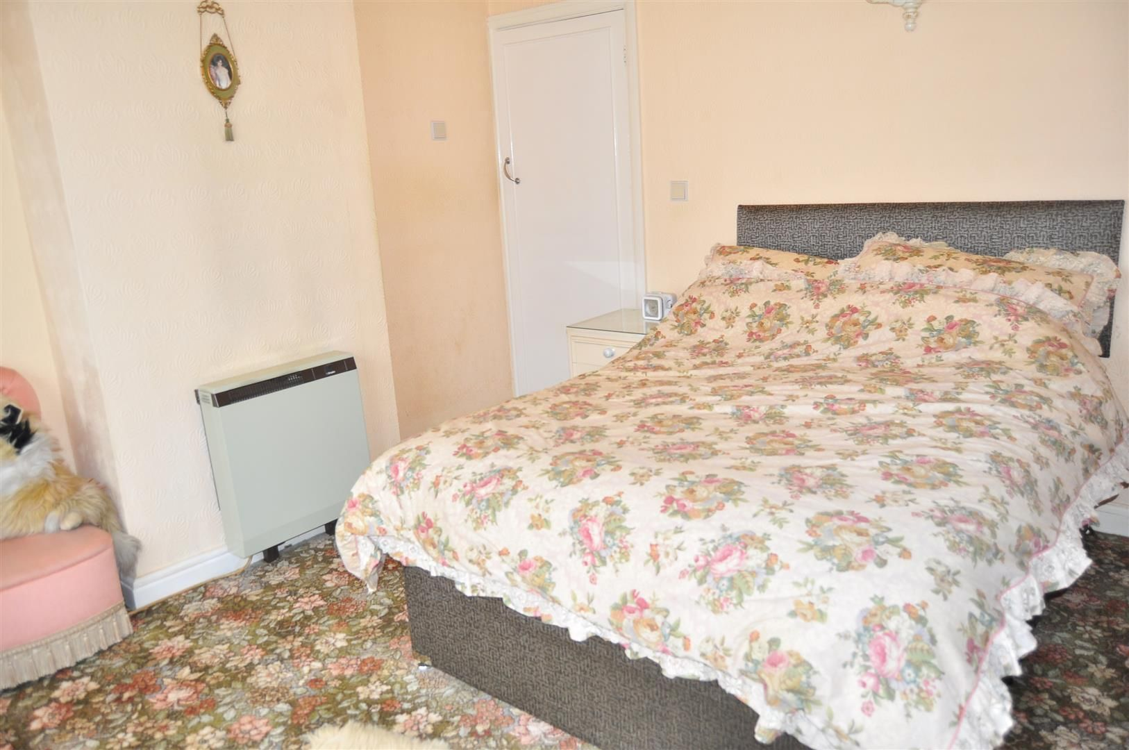 2 bed semi-detached for sale 7
