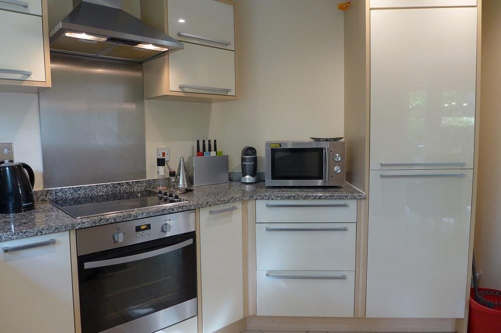 2 bed apartment for sale in Pedmore 3