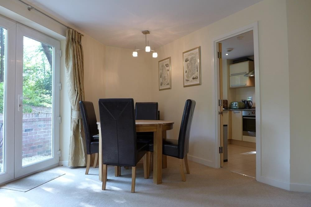 2 bed apartment for sale in Pedmore 6