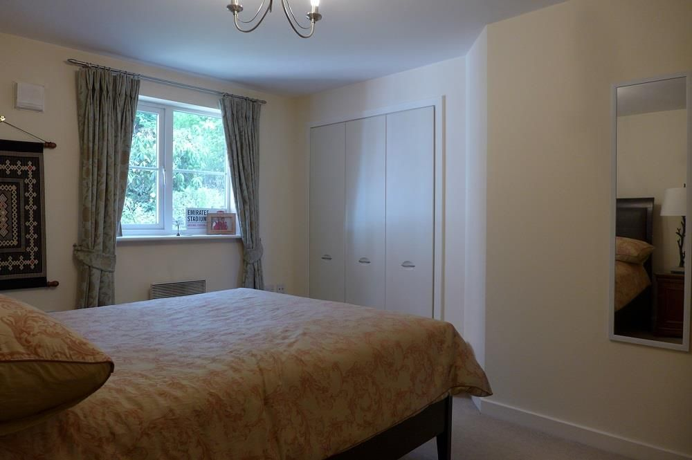 2 bed apartment for sale in Pedmore 8