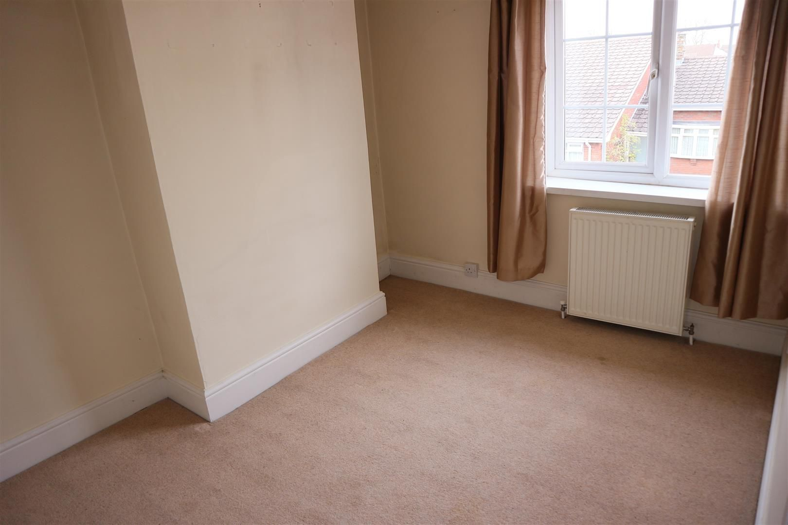 3 bed terraced for sale  - Property Image 13