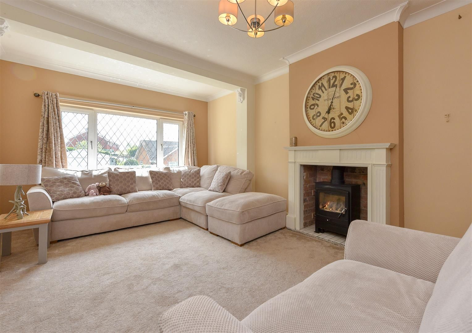 4 bed detached for sale in Swindon 3