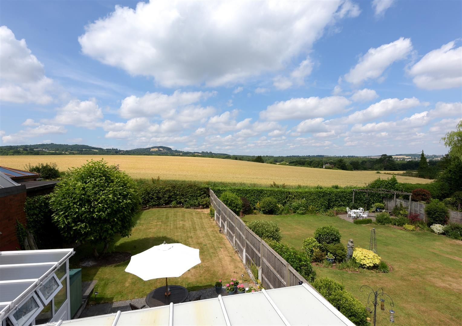 2 bed detached for sale in Hunnington 14