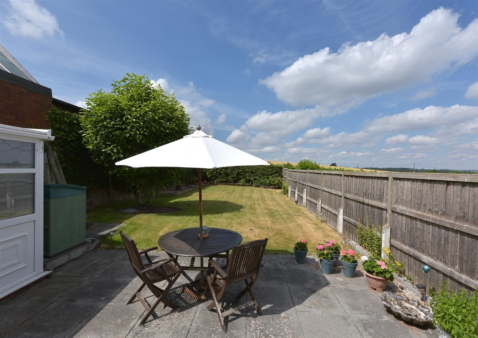 2 bed detached for sale in Hunnington 15