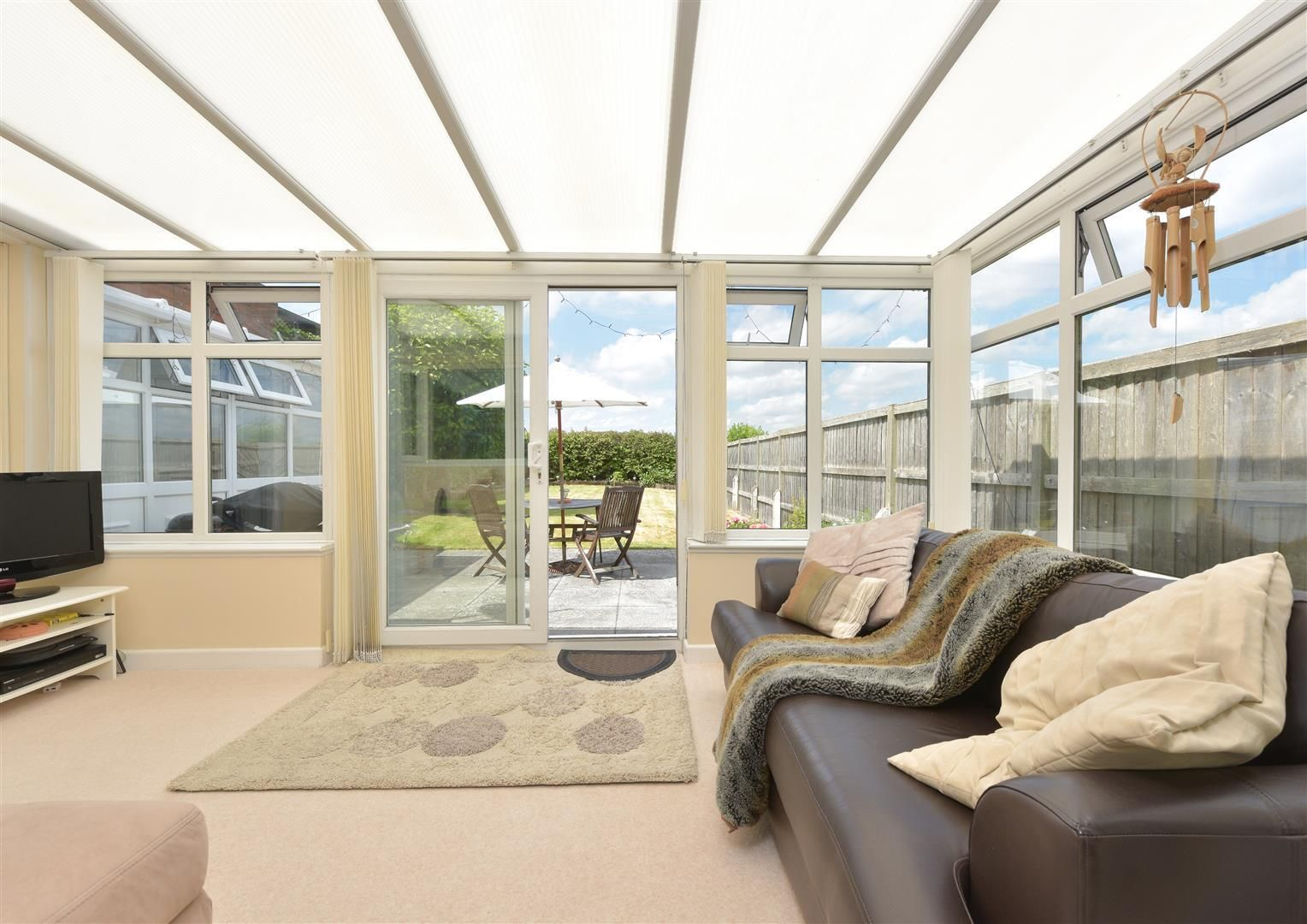 2 bed detached for sale in Hunnington 8