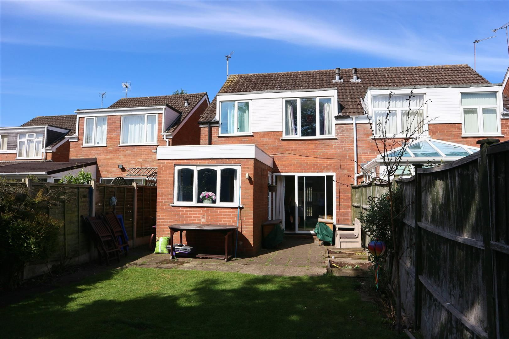3 bed semi-detached for sale in Kinver 9