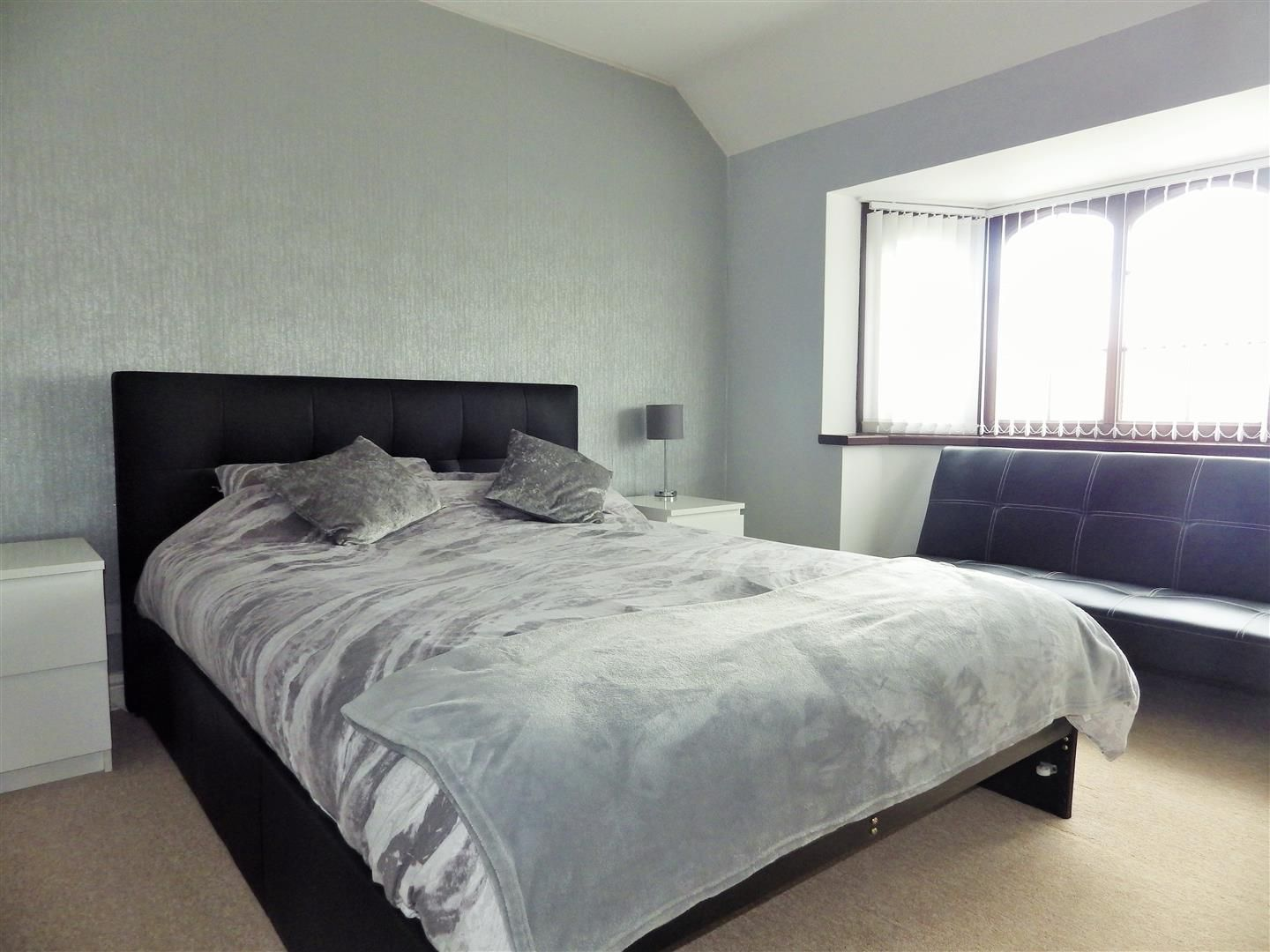 3 bed semi-detached for sale in Hasbury 9