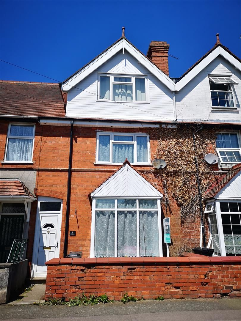 4 bed terraced for sale 1