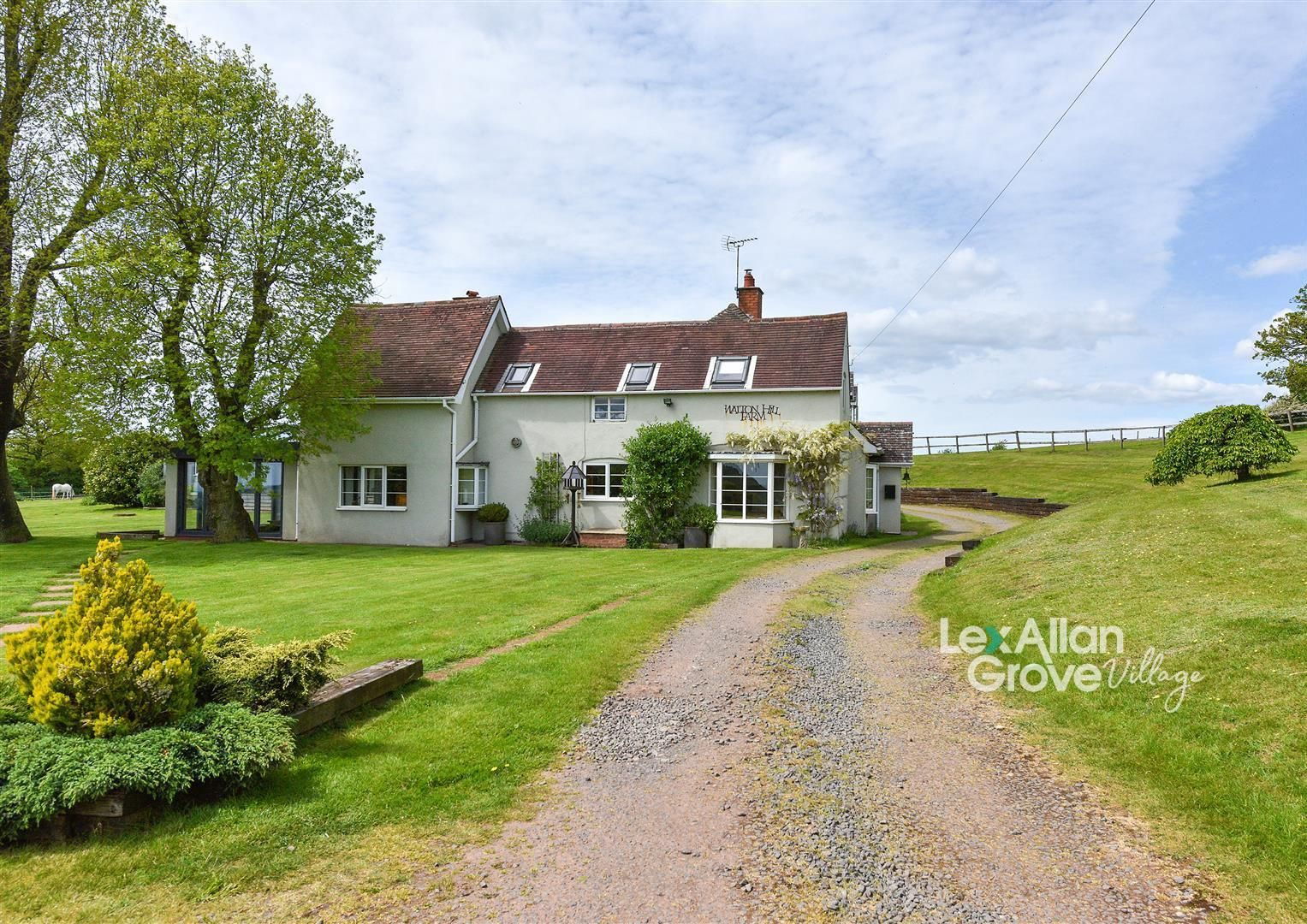 5 bed detached for sale in Clent 1