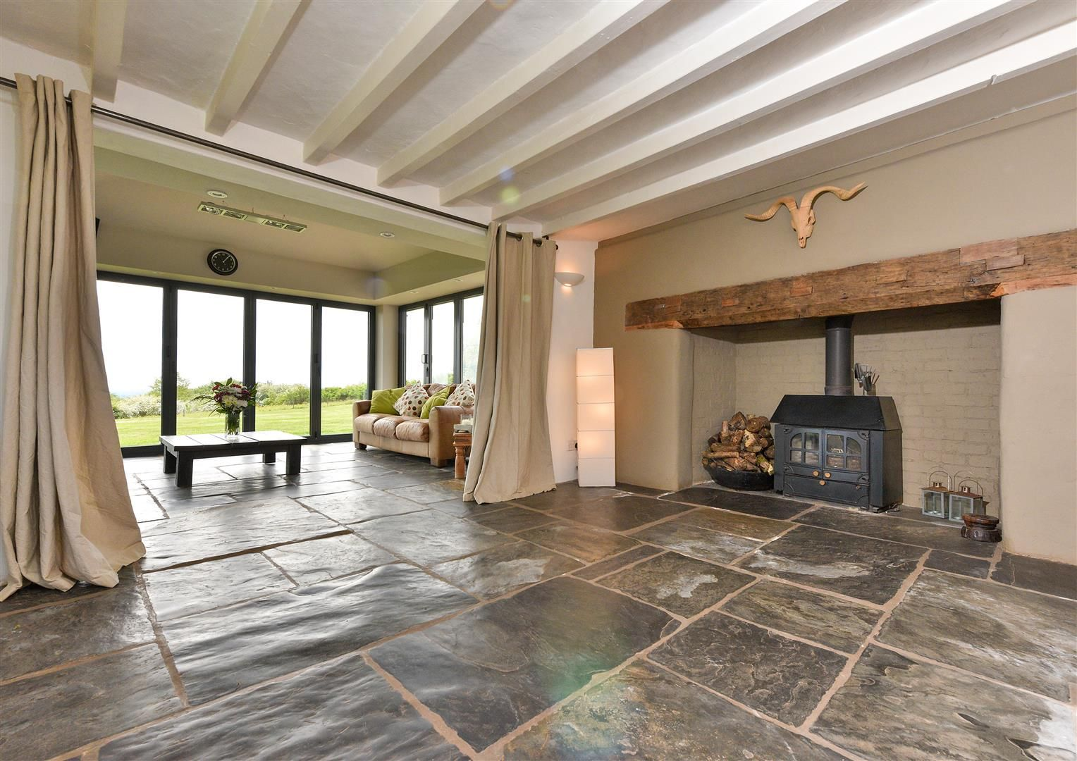 5 bed detached for sale in Clent 14