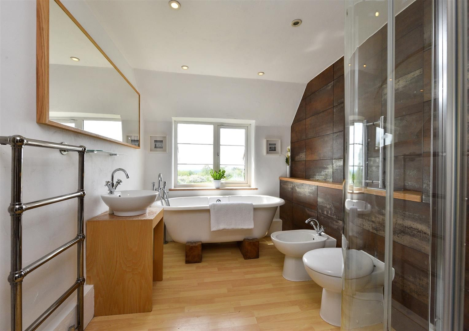 5 bed detached for sale in Clent 21
