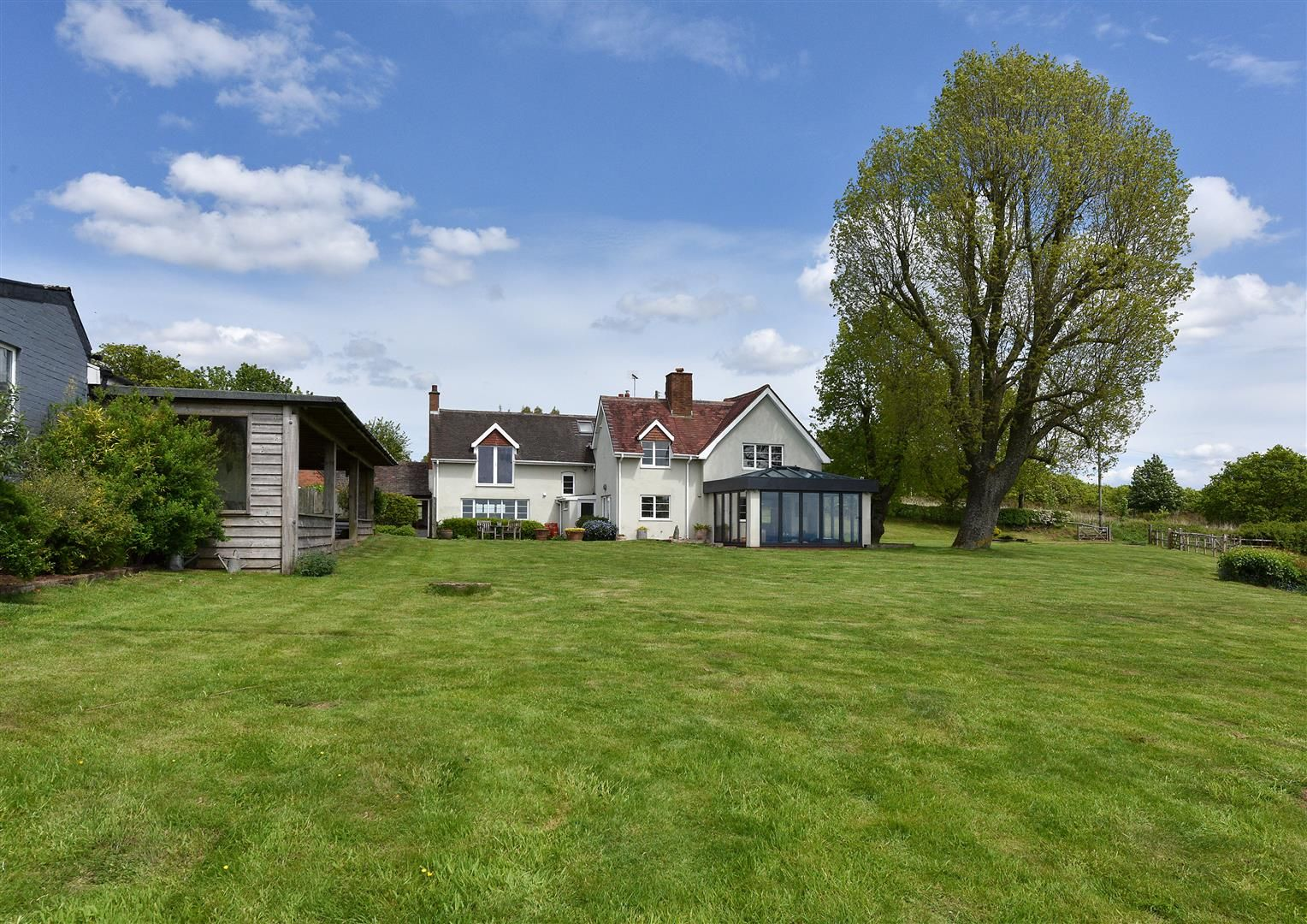 5 bed detached for sale in Clent 29