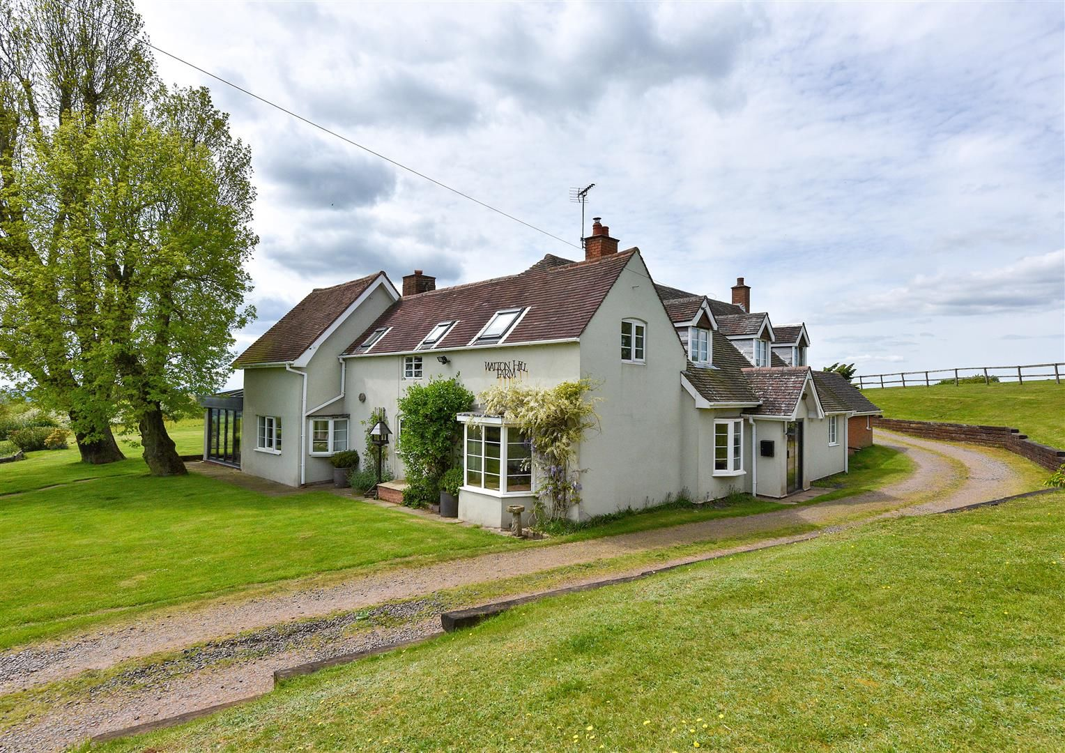 5 bed detached for sale in Clent 36