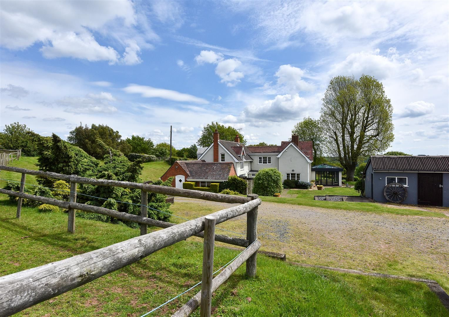 5 bed detached for sale in Clent 39