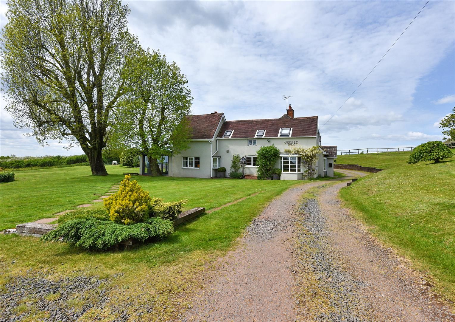 5 bed detached for sale in Clent 42