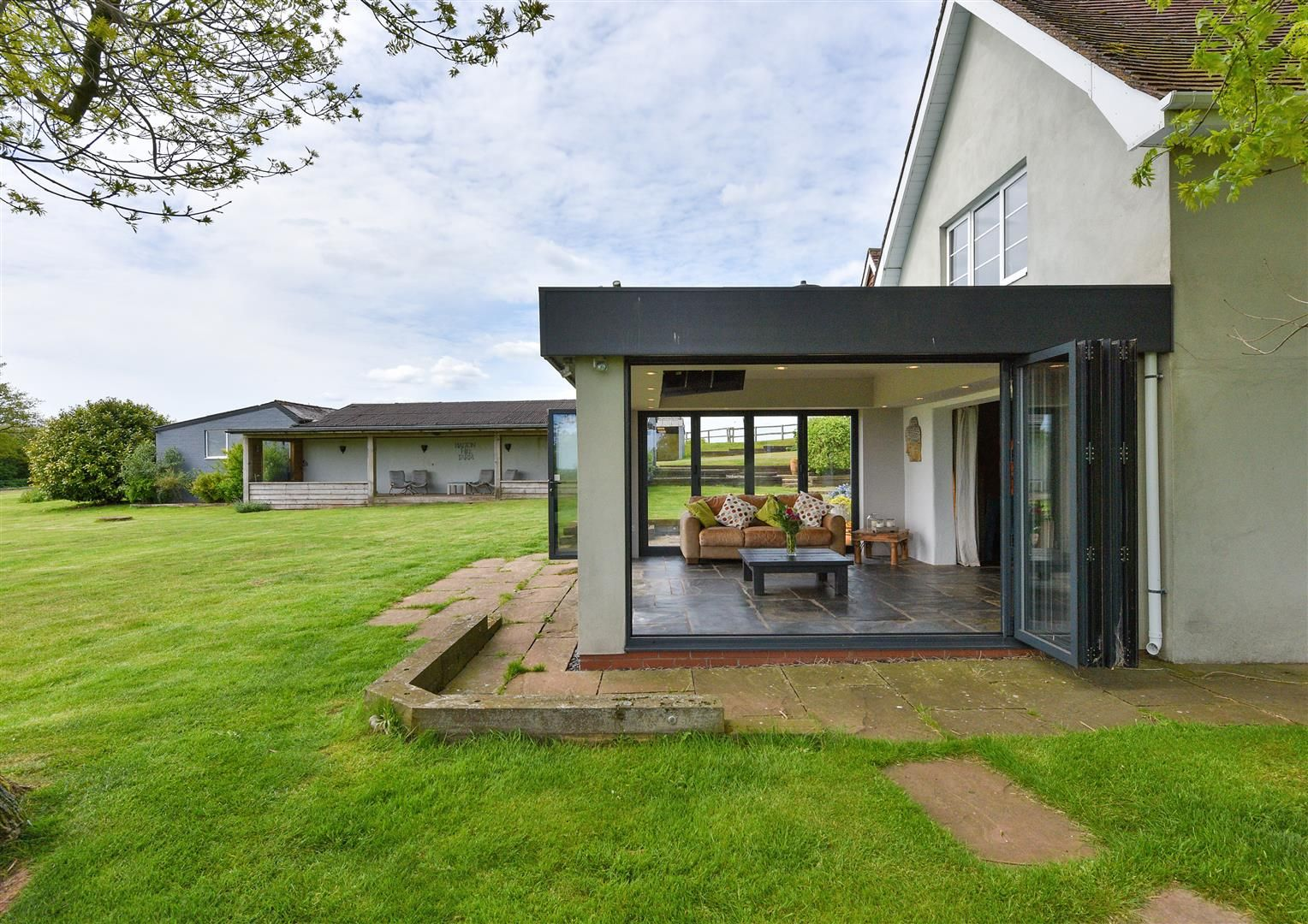 5 bed detached for sale in Clent 47