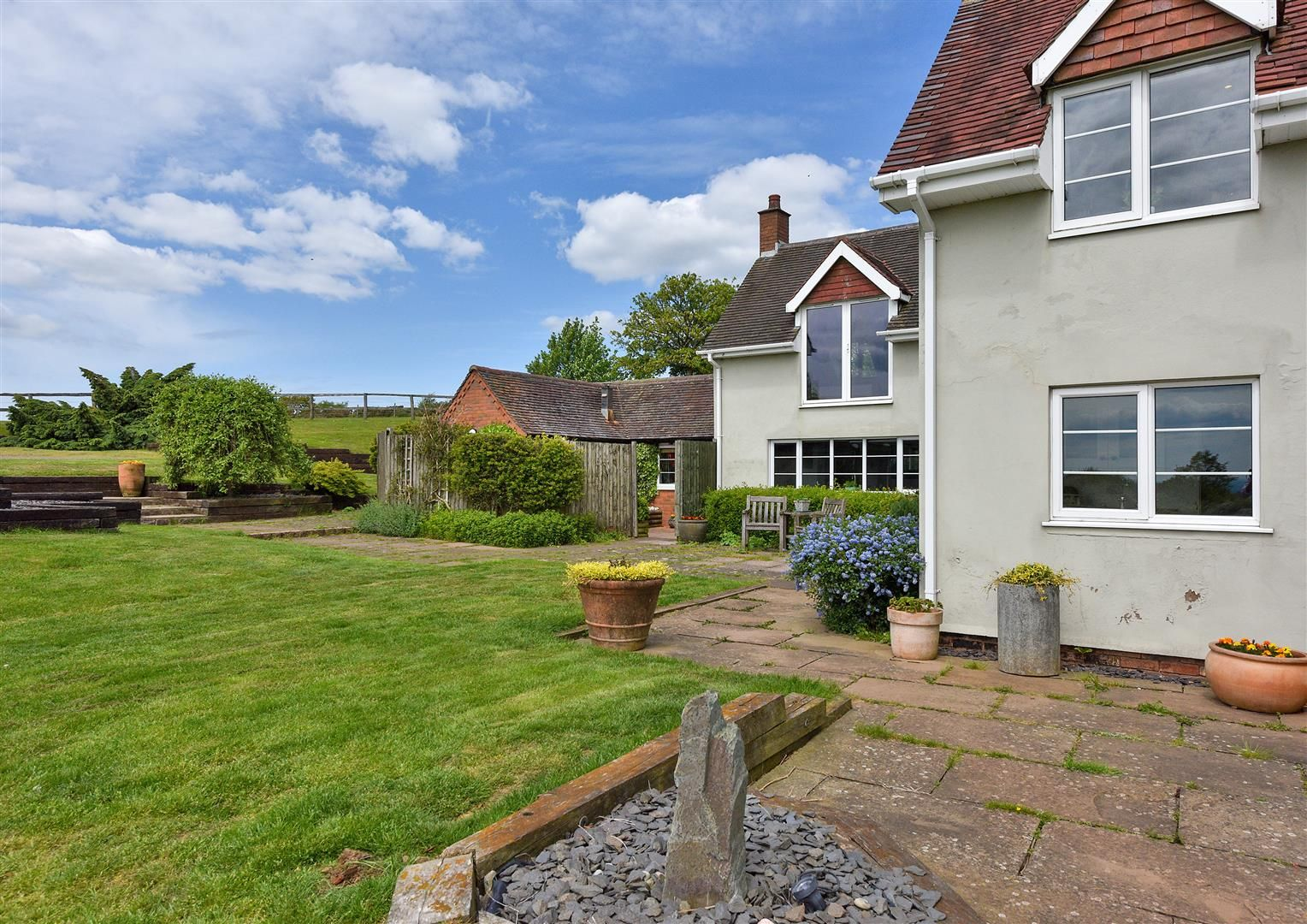 5 bed detached for sale in Clent 50