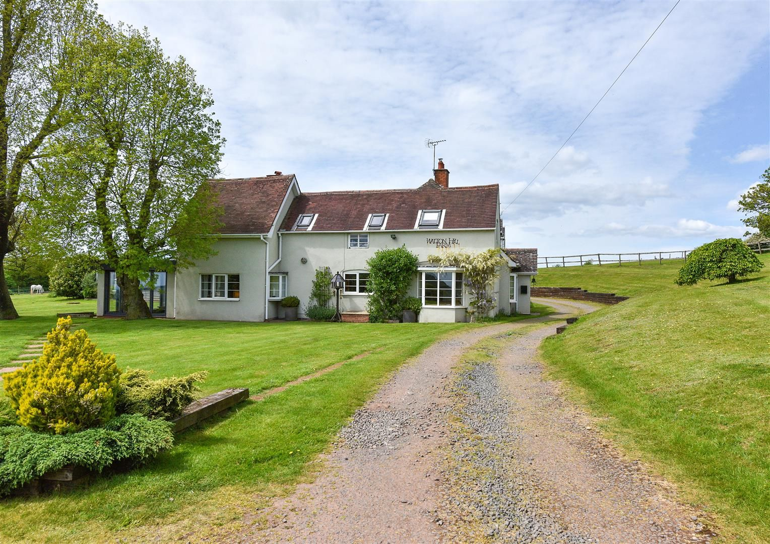 5 bed detached for sale in Clent 54