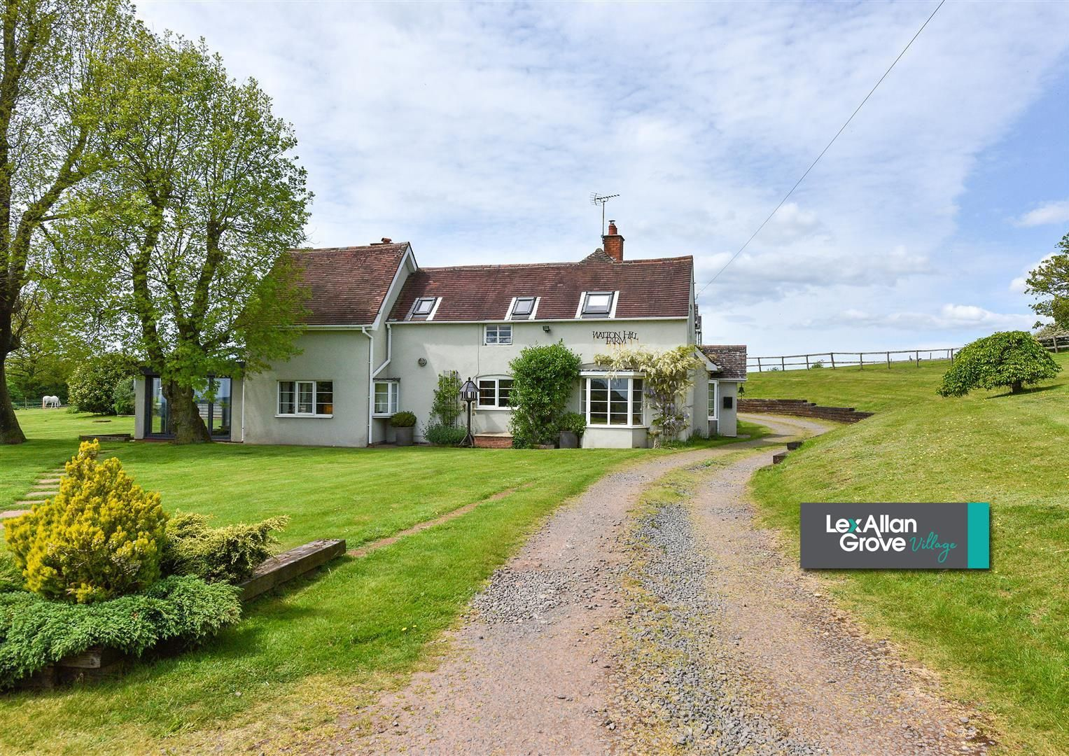 5 bed detached for sale in Clent 55