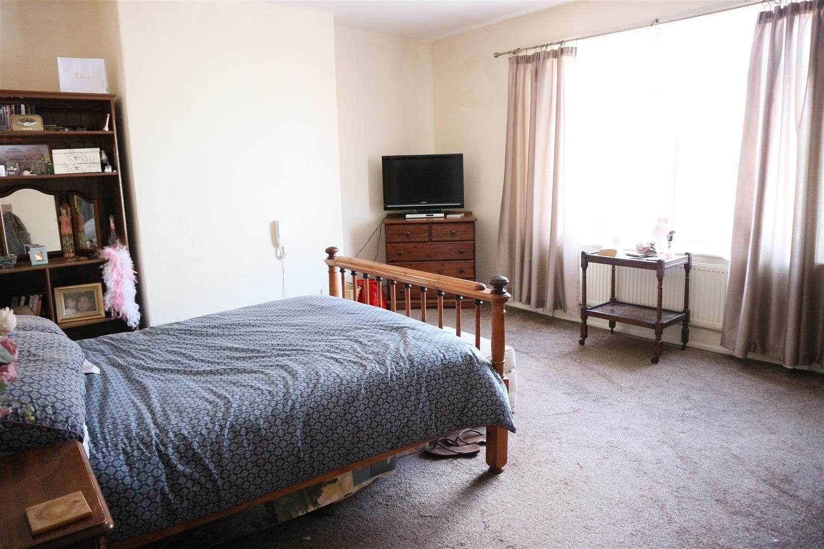3 bed flat for sale  - Property Image 6