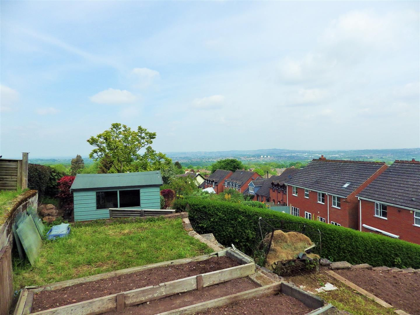 3 bed detached-bungalow for sale in Romsley 12
