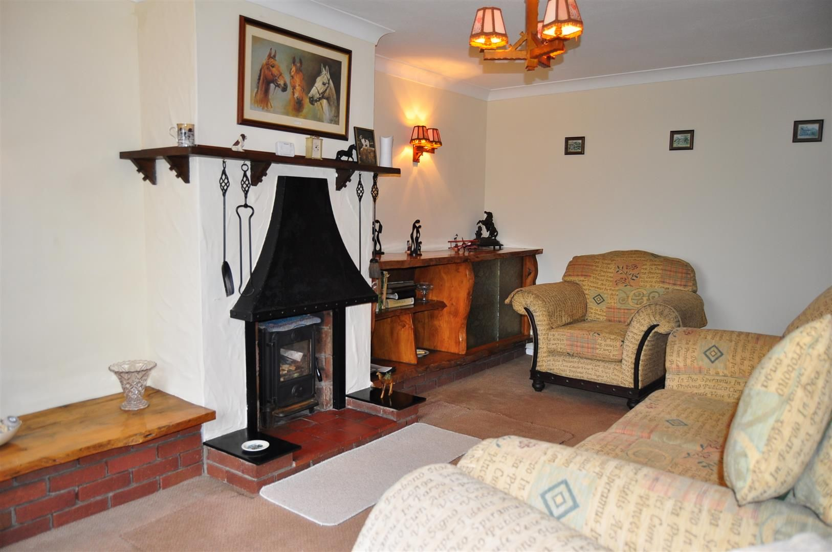 3 bed detached-bungalow for sale in Romsley  - Property Image 3