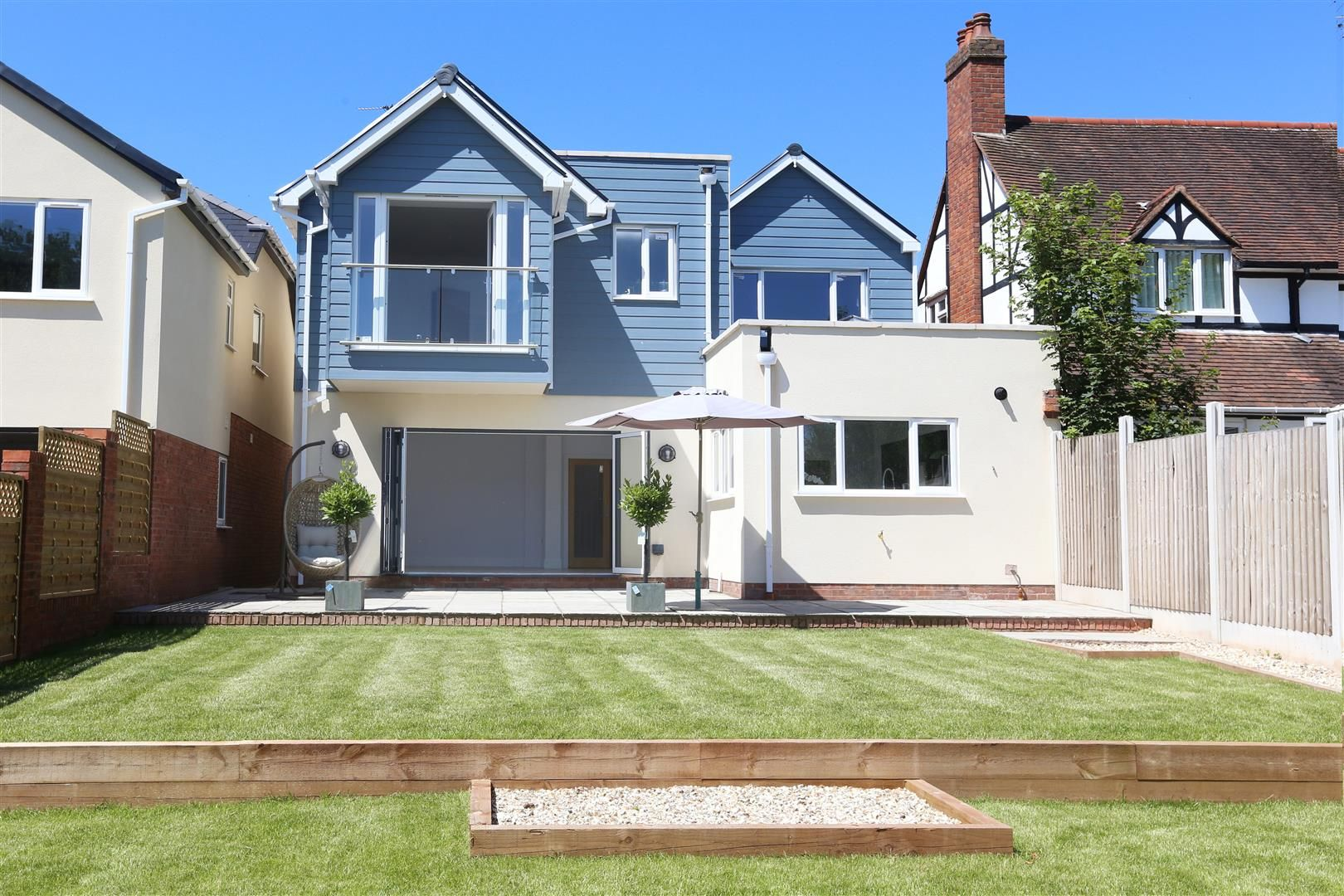 4 bed detached for sale in Hagley 33
